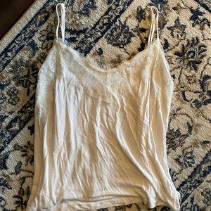 2/$20 ❤️ SHIRT | Ardene's size medium